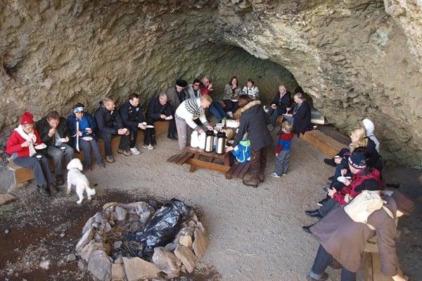 Stóri-Hellir cave