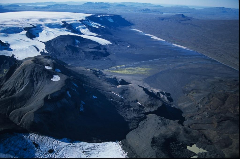 prestahnukur-volcano